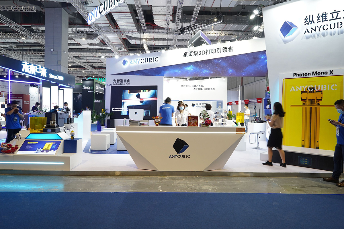 anycubic-launches-several-new-3d-printers-at-tct-show