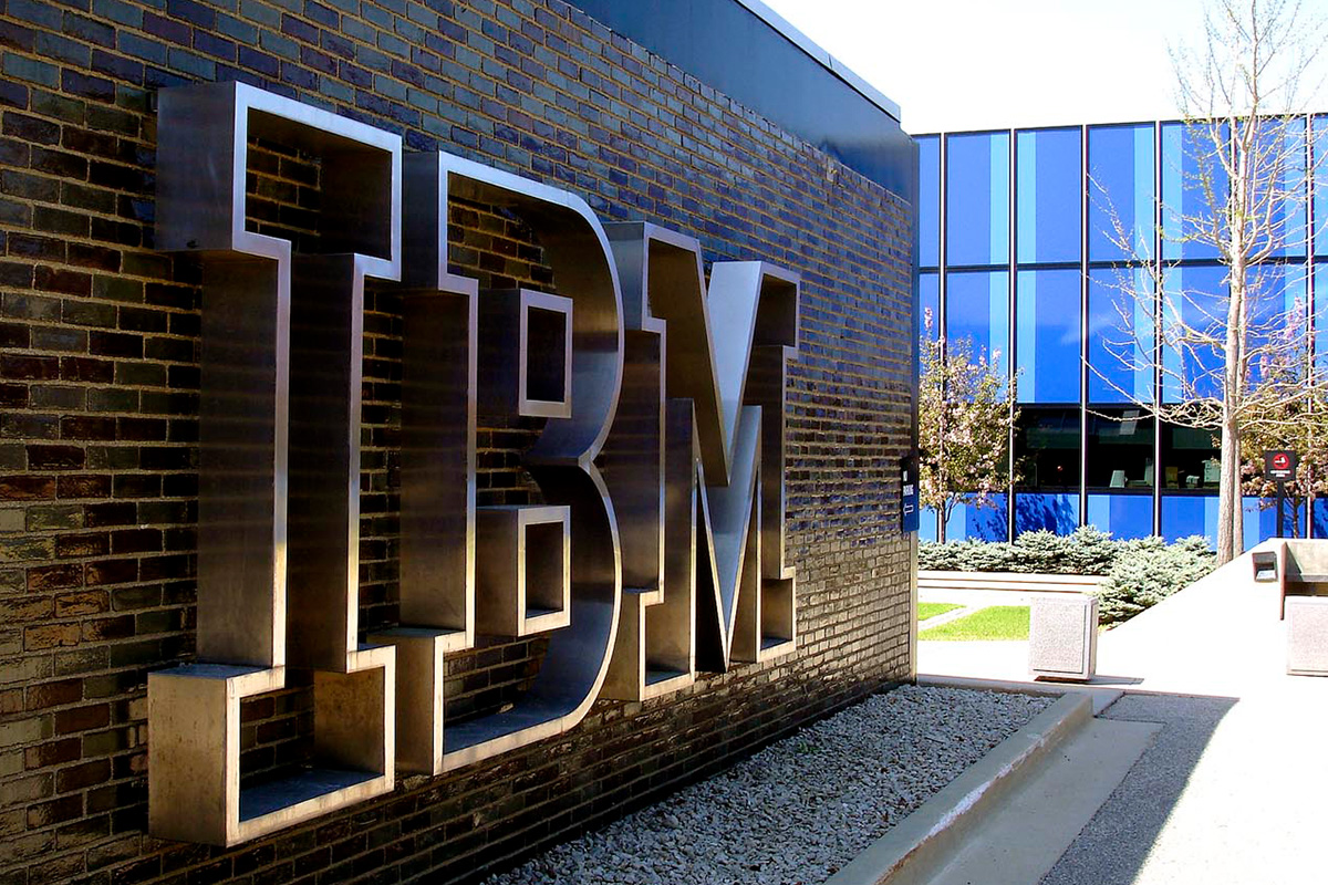 ibm-and-indian-institute-of-science-launch-innovation-lab-to-advance-hybrid-cloud-research-in-india